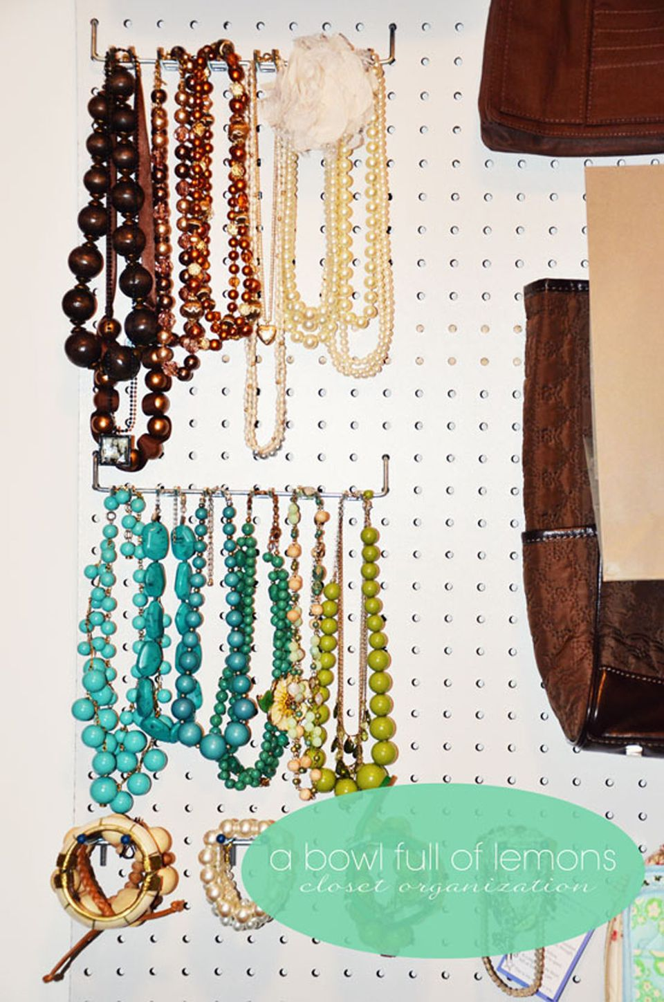12 creative ways to store accessories