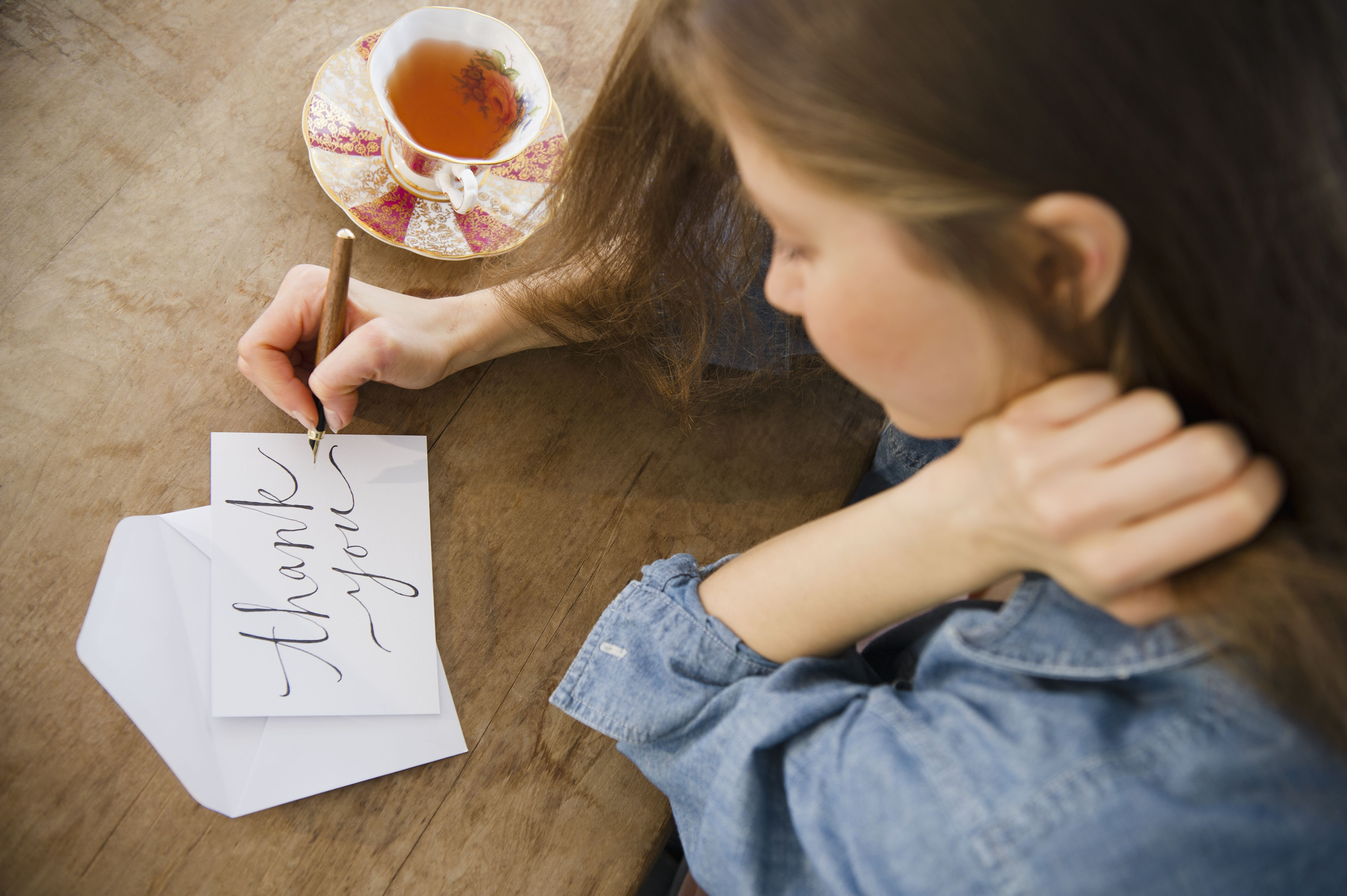 Give thanks to a good host or hostess how to write an unforgettable thank you letter aljukfo Images