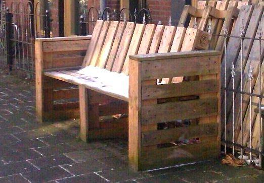 Sofa de palet de madera reciclada