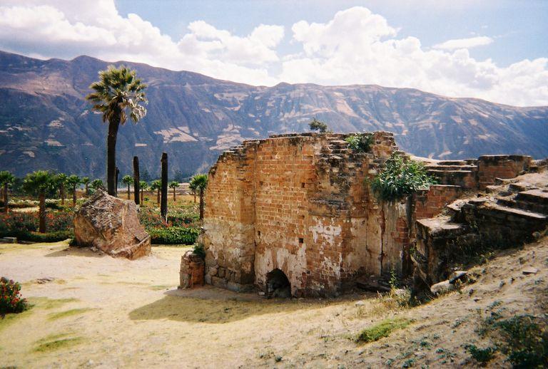 remnants of Yungay's cathedral landslide