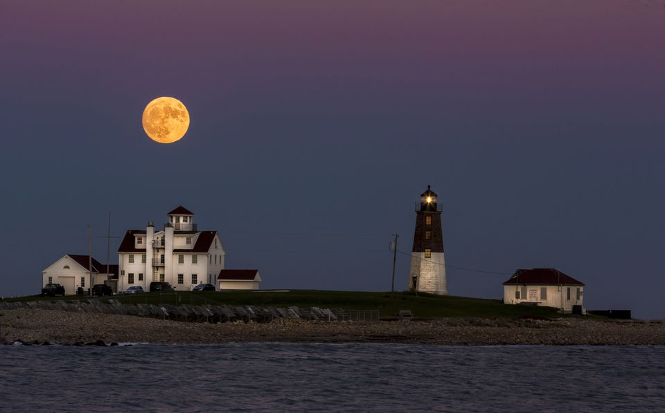Full moon of November 13, 2016 taken at Point Judith, Rhode Island shortly after moonrise.