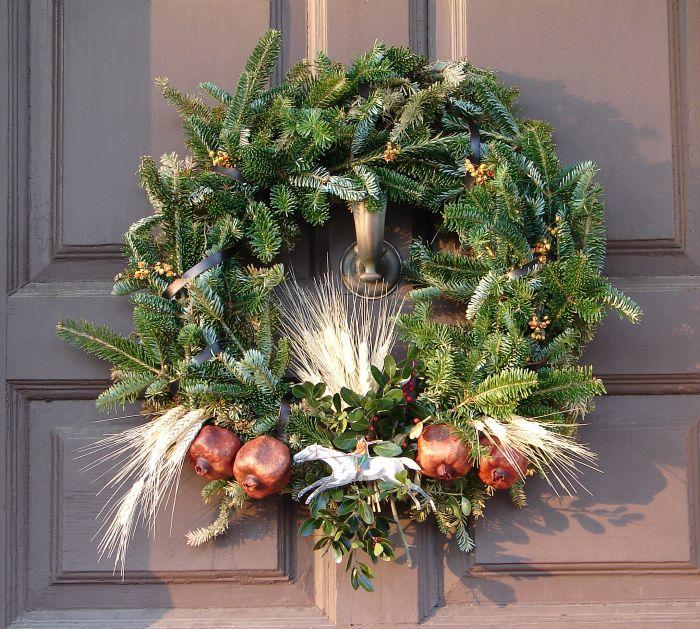 wreathcloseup3.jpg