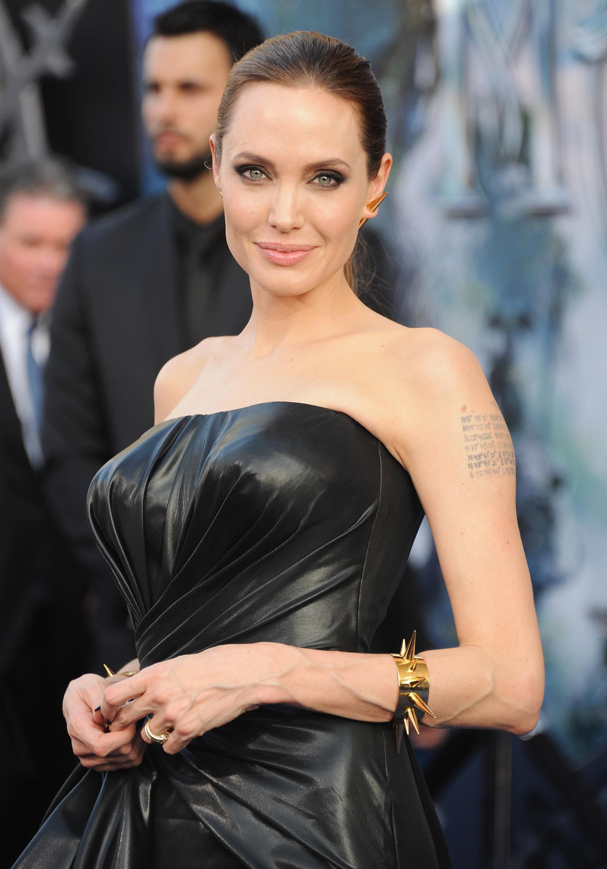 Angelina Jolie - Bisexual Actress Profile-3222