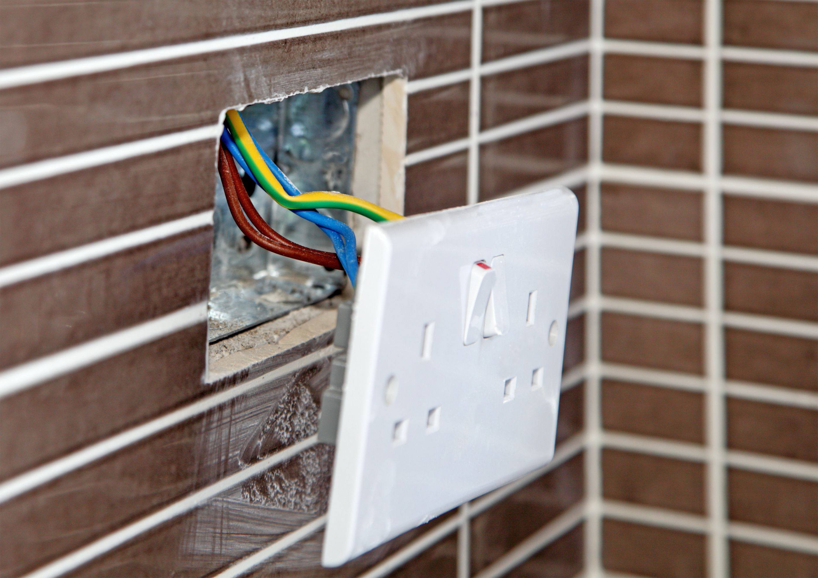 When to Use a Plastic or a Metal Electrical Box – Interior Wall Surface Wiring