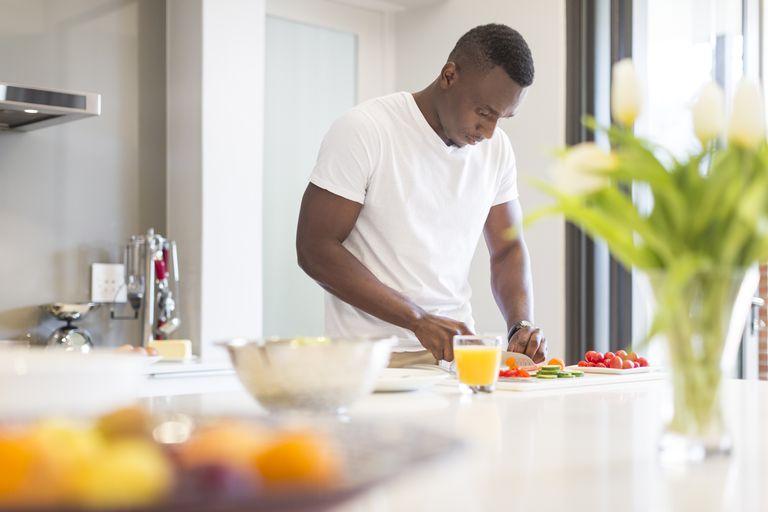 Man preparing healthy meal