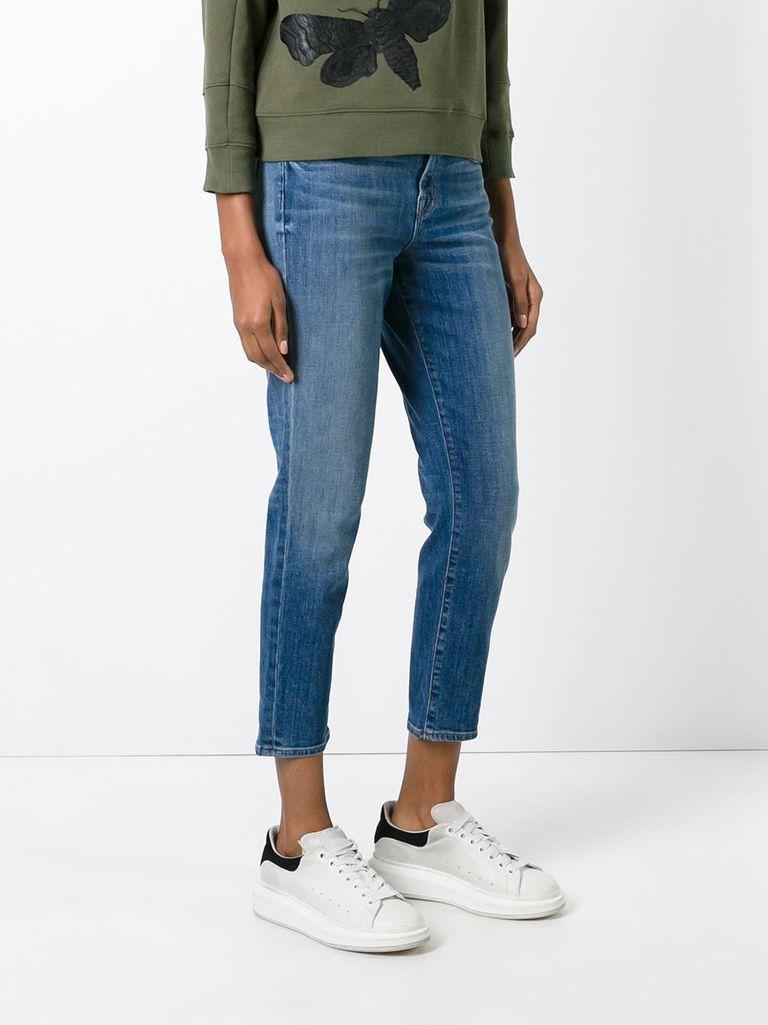 Best Jeans For Petite Curvy Women