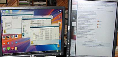 Graphics Software Guide's Dual-Monitor Setup