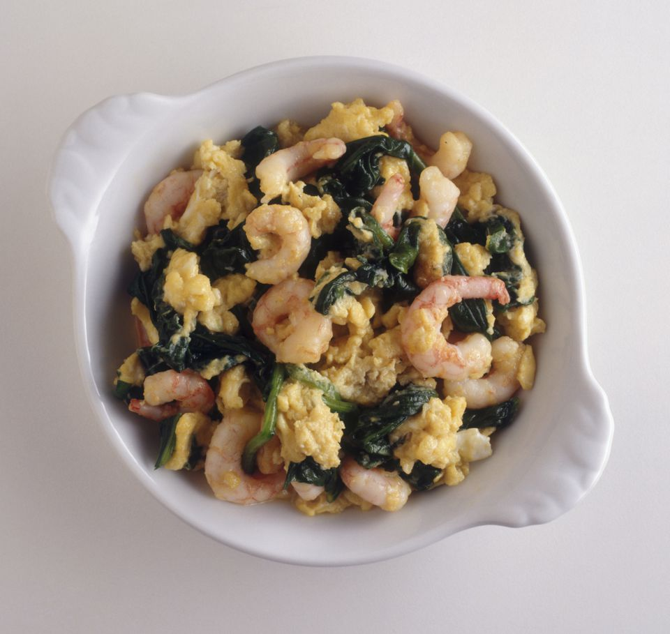Spanish revueltos can be prepared with a number of different ingredients.