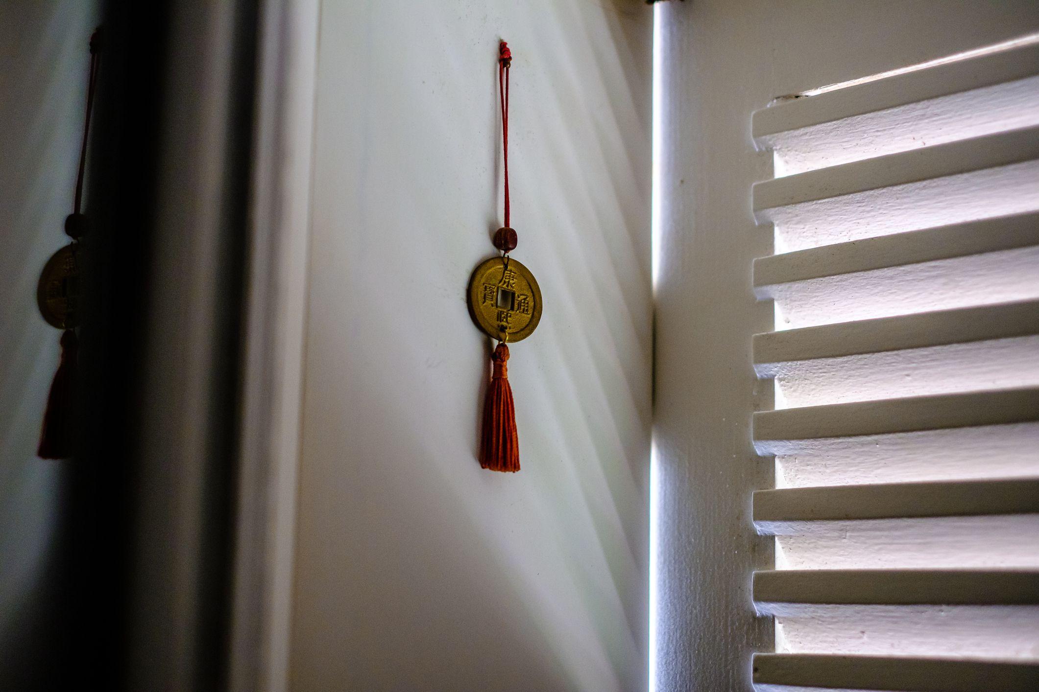 7 feng shui steps for good feng shui in your home. Black Bedroom Furniture Sets. Home Design Ideas