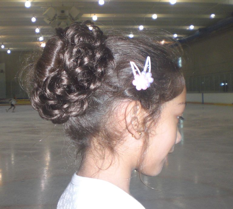 skater hair style how to wear your hair for figure skating 2256