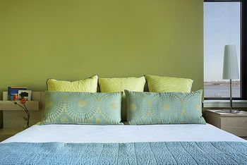 Bedroom Paint Ideas Accent Wall how to choose an accent wall and color in a bedroom