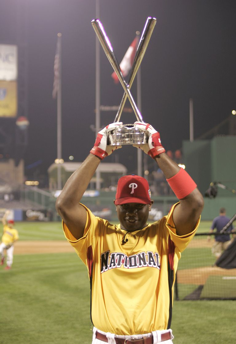 Ryan Howard of the Philadelphia Phillies celebrates after winning the CENTURY 21 Home Run Derby at the MLB All-Star Game 2006