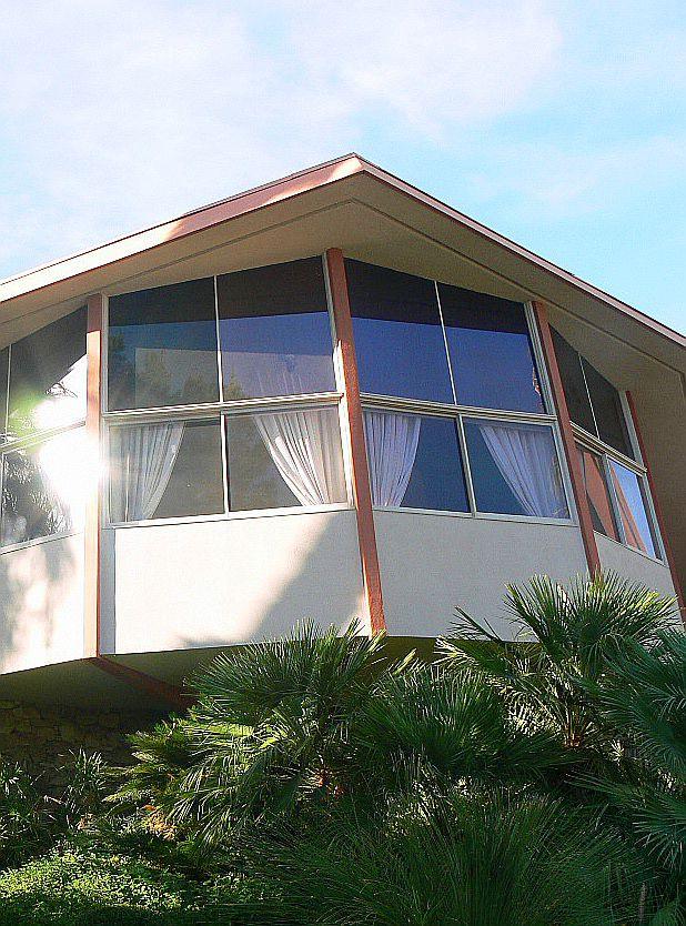Elvis Honeymoon Hideaway in Palm Springs, California