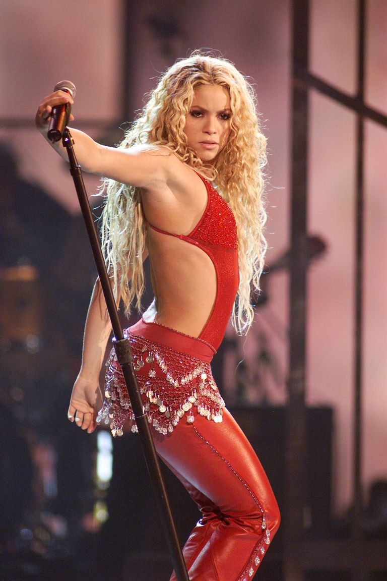Shakira at the 2000 Latin Grammy Awards