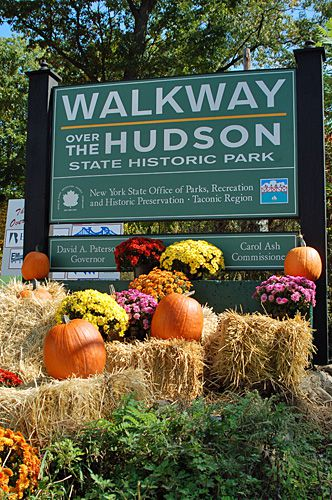 Walkway Over the Hudson Entrance Photo - A Linear Park Connecting Highland and Poughkeepsie