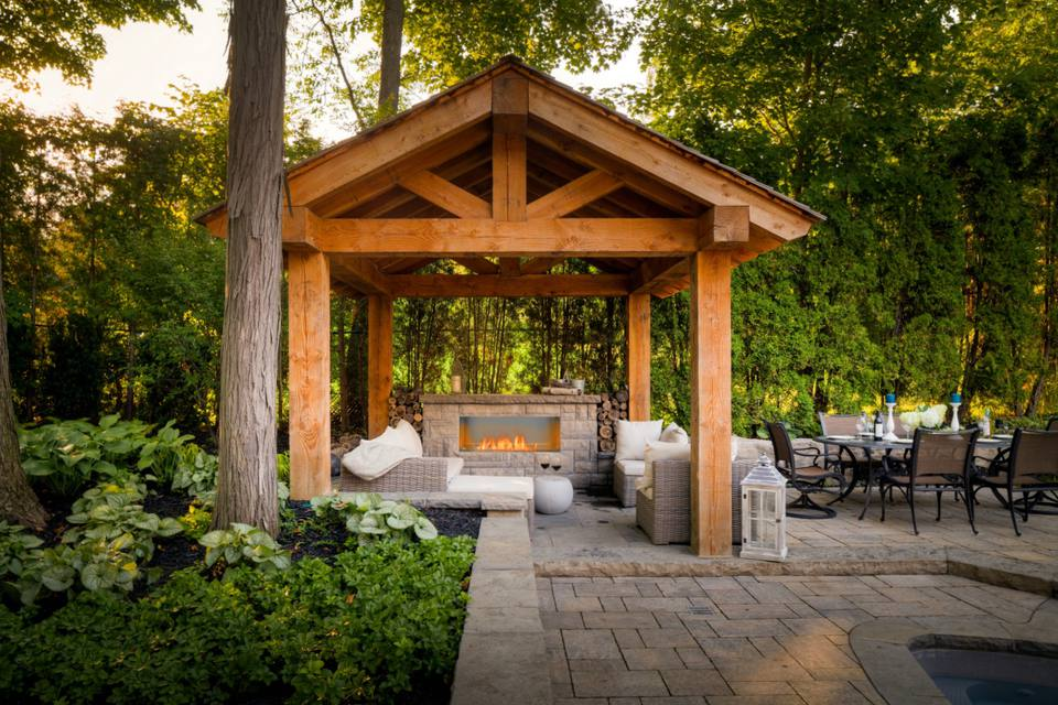 25 Warm and Welcoming Outdoor Fireplaces on Small Outdoor Fireplace Ideas id=24506