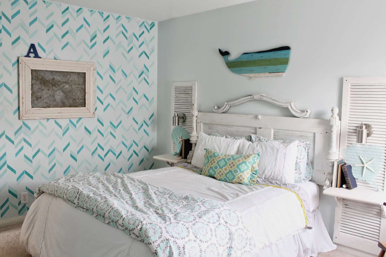 bedrooms caronsbeachhs upstairs white ideas pinterest beach on attic blue best and bedroom images cottages decor