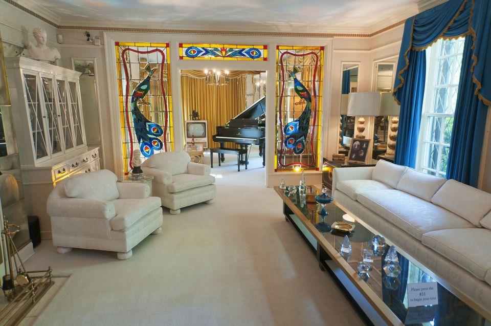 Elvis Presley's Graceland, Mansion, living room.