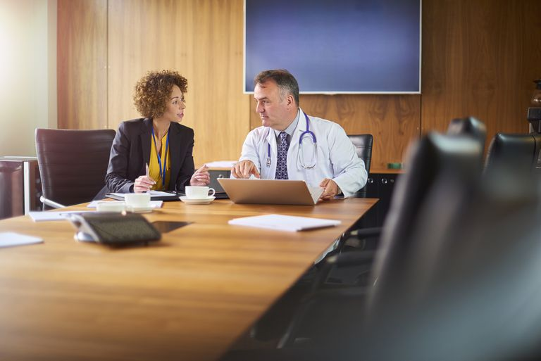 Legal nurse consultant meets with doctor