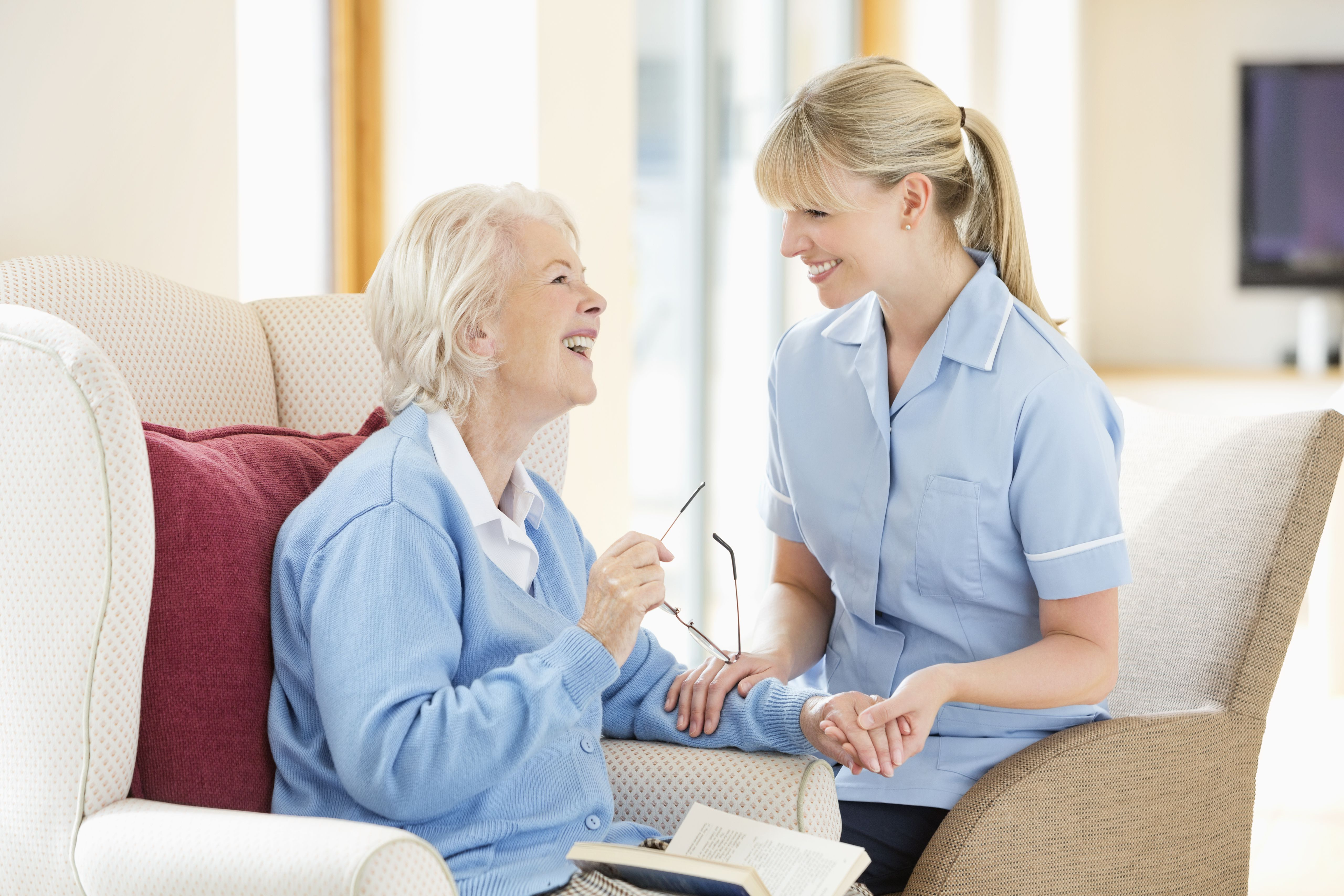 interpersonals skills for a care worker of the elderly Ambulance care assistants work in the patient transport service  patients are  often elderly or have special needs and may need support and  you need to  have a caring attitude and excellent communication and interpersonal skills.