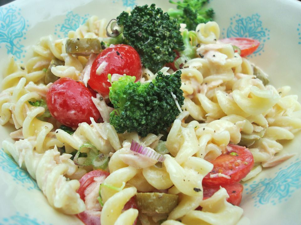 Tuna and Veggie Pasta Salad