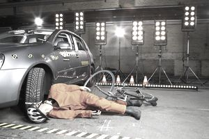 Dummy in car accident with bicycle understanding liability
