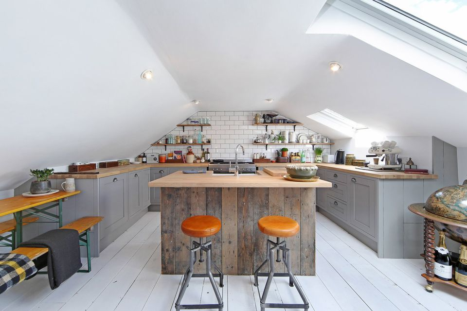 Modern-Farmhouse-kitchen-Loft