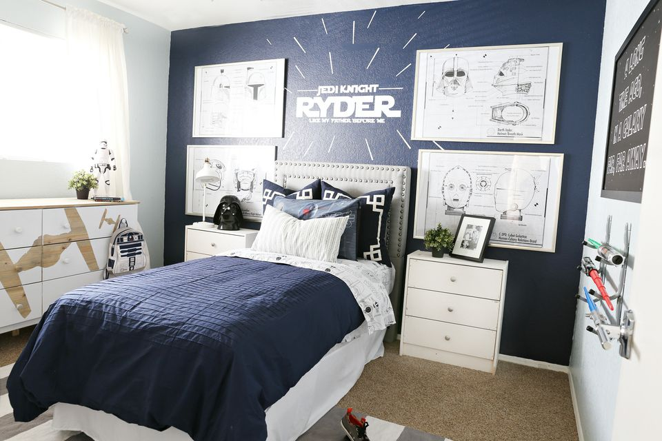 Boy s room with Star Wars Theme 21 Creative Bedroom Ideas for Boys