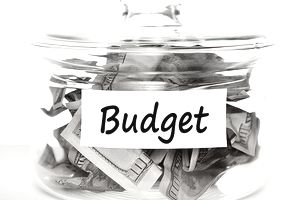 How to track event expenses during planning.