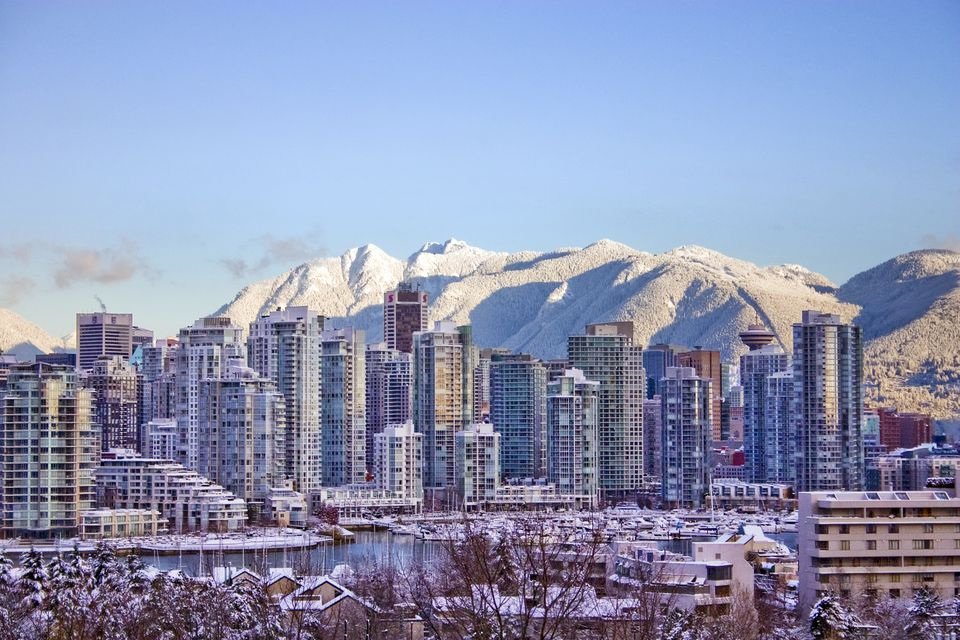 Visitors guide to vancouver travel snowy vancouver bc skyline sciox Gallery