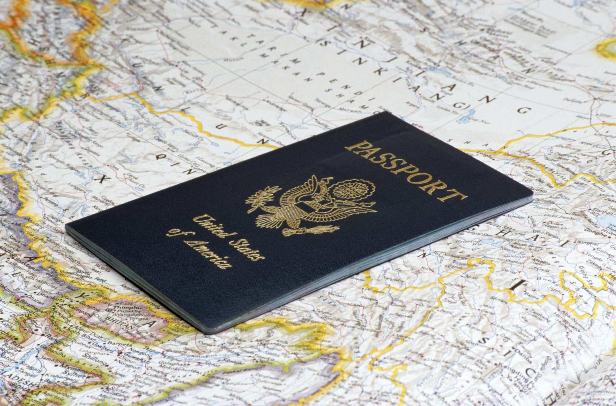 Can You Travel With An Expired Passport Within Europe