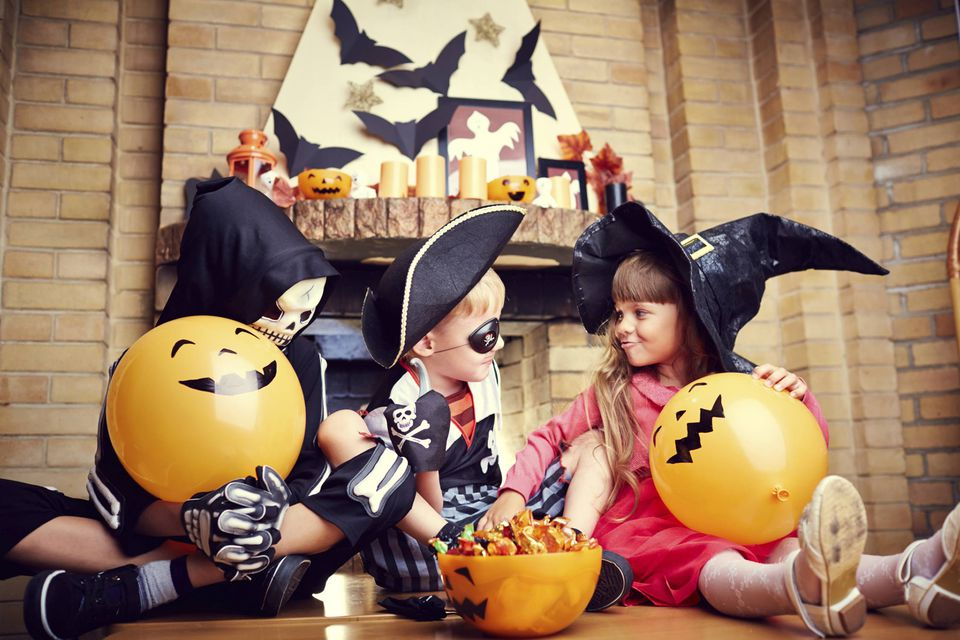 Kid-Friendly Halloween Party Ideas That Aren\'t Scary