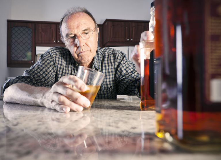 dating an alcoholic guy Is it wise to form a more intimate connection with an ex-addict or alcoholic, no matter how dramatically they appear to have turned their lives around.