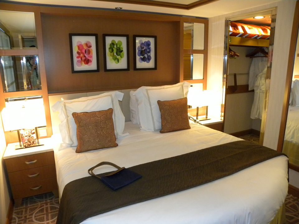 Category RS - Royal Suite - iCruise.com