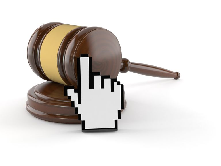 gavel and mouse icon