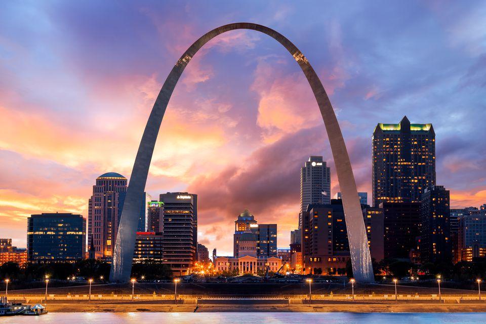 Sunset, The Gateway Arch, St Louis, Missouri, America