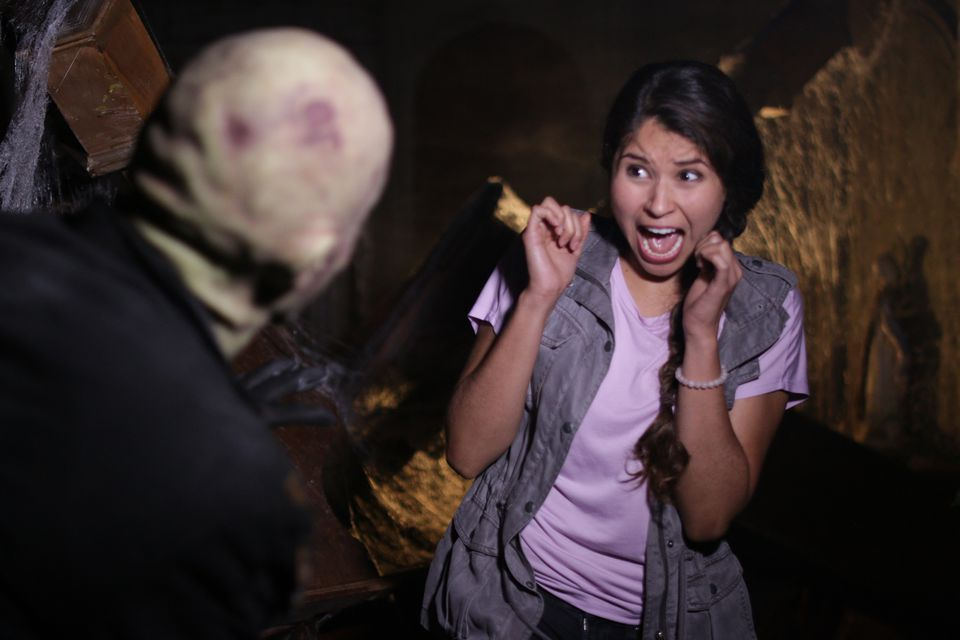 Halloween haunted house attractions in metro phoenix for 13th floor haunted house phoenix