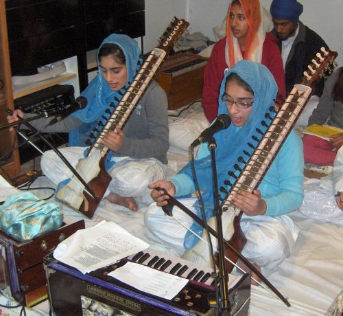 Girls Play Dilruba