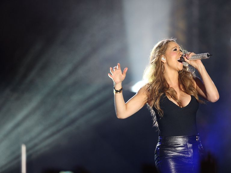 Mariah Carey Performs At Babylon Court At Hollywood & Highland