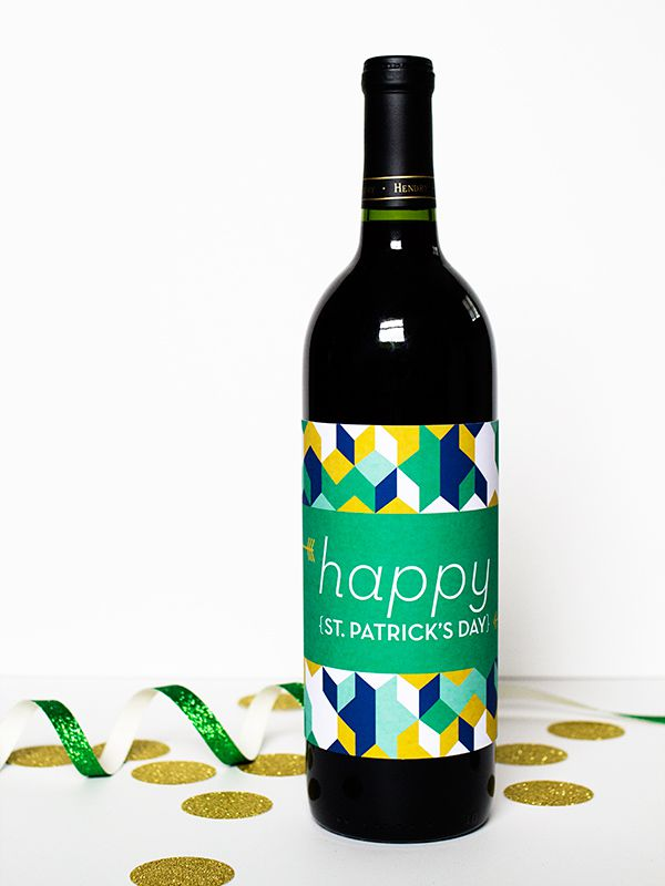 DIY Luck Of The Irish Wine Bottle Labels