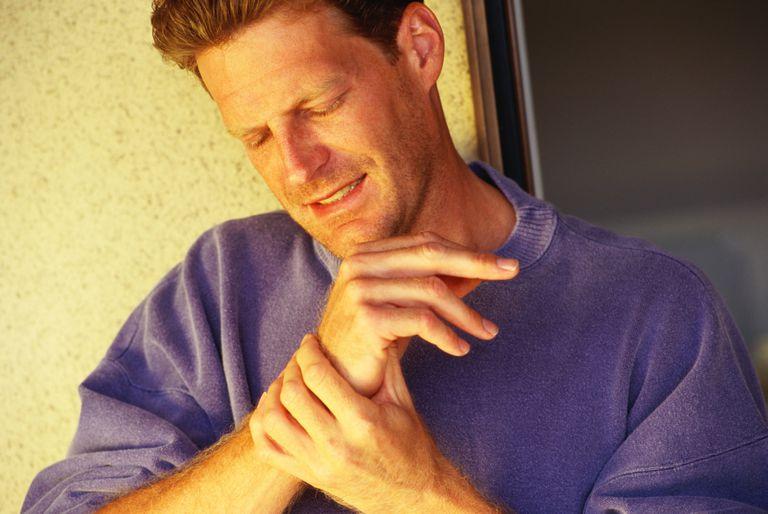 Joint pain in the wrist. Monoarthritis.
