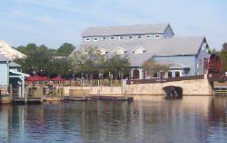Riverside Resort WDW - river