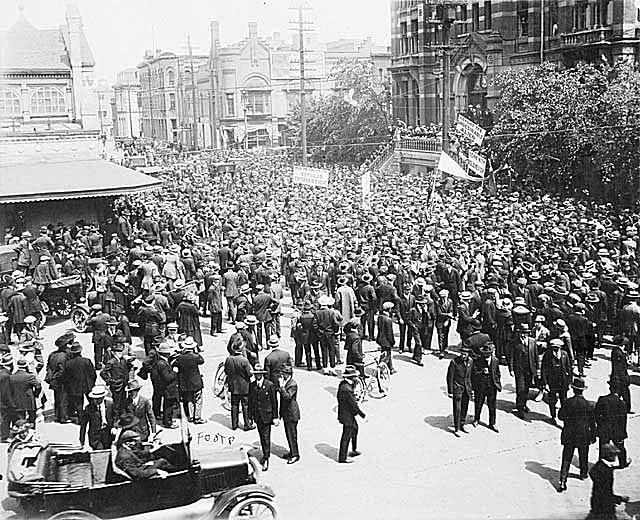 winnipeg general strike of 1919 essay For six weeks in the summer of 1919 the city of winnipeg, manitoba was crippled by a massive and dramatic general strike frustrated by unemployment, inflation, poor working conditions and regional disparities after world war i, workers from both the private and public sectors joined forces to shut .