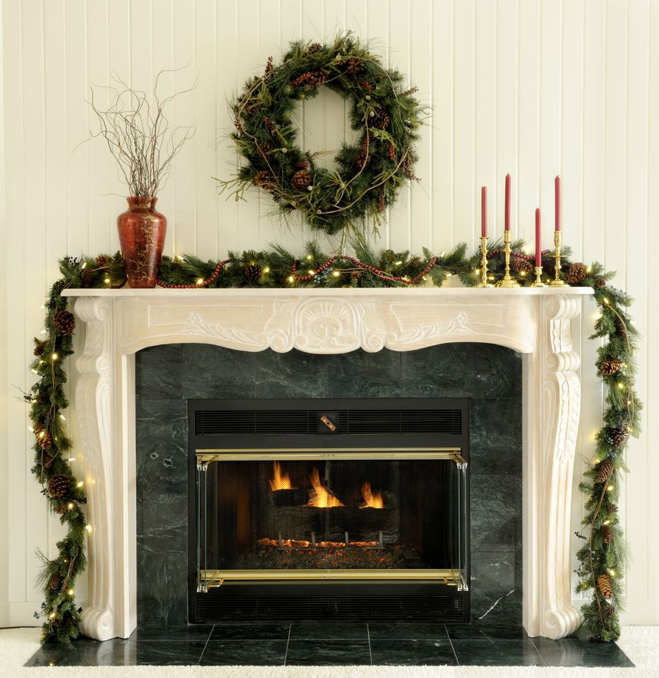 christmas mantels ideas for holiday decorating