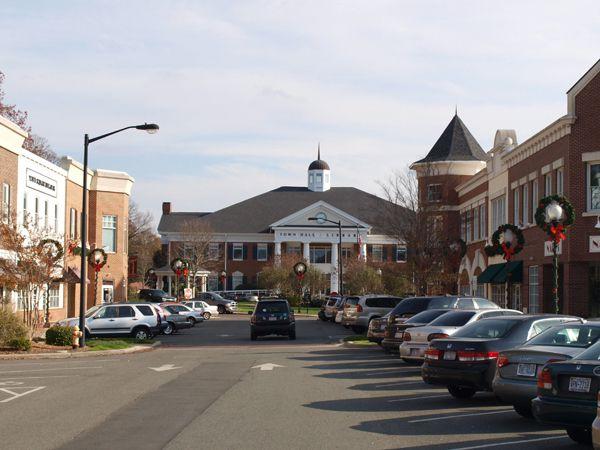 Matthews Town Hall - Downtown Matthews