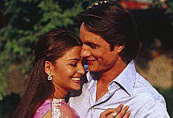 Martin Henderson and Aishwarya Rai in Bride and Prejudice