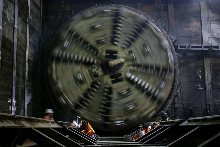 Massive Tunnel Boring Machine Helps LA Extend Light Rail System