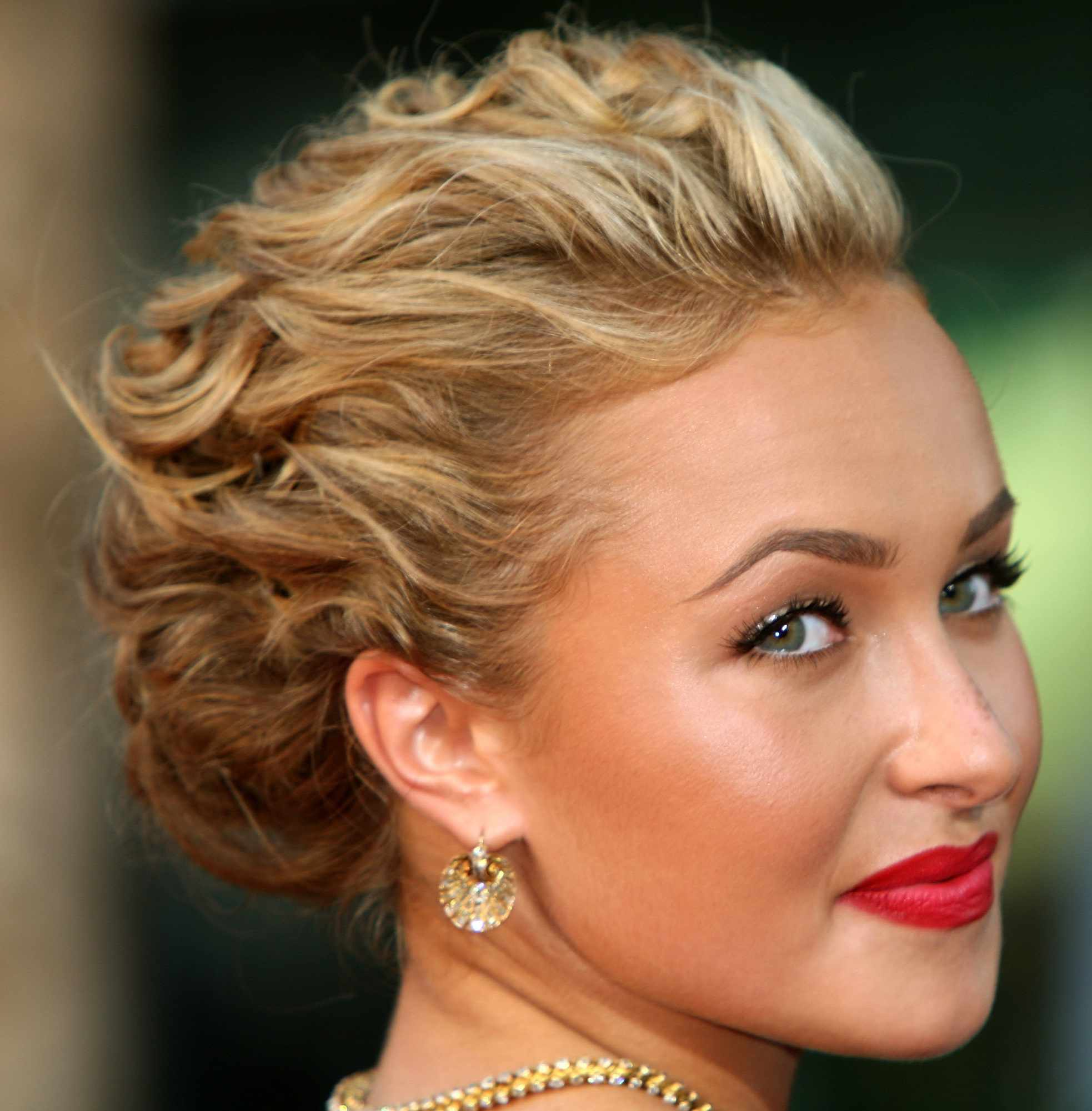 Wedding Hairstyles Updos Inspired By The Red Carpet
