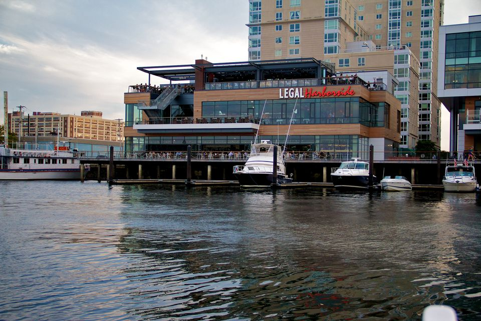 10 Boston Seaport Restaurants to Try