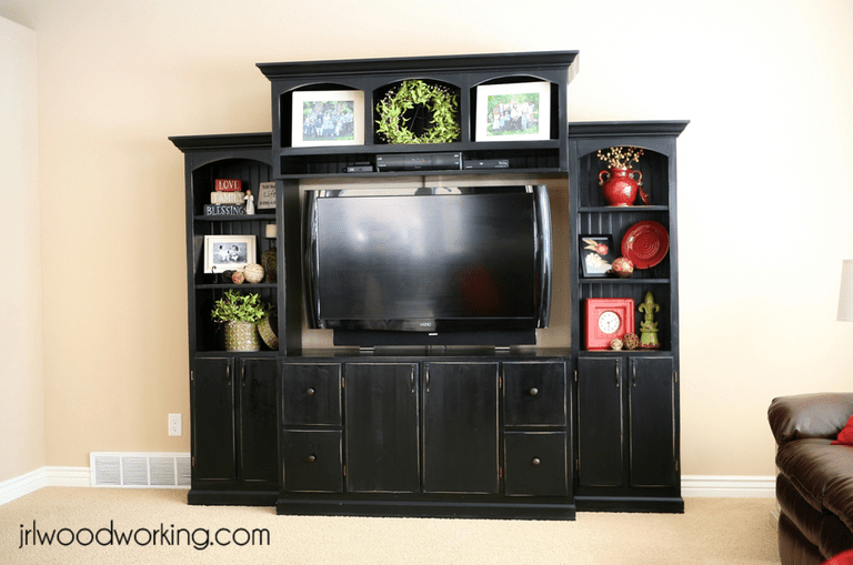 JRL Woodworkings Free Entertainment Center Plan